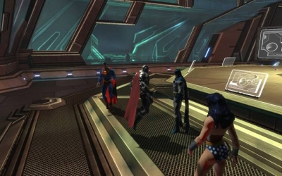 Screen ze hry DC Universe Online